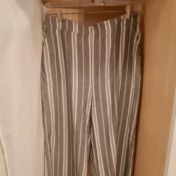 Nordstrom Pants - Wide Legged Pants